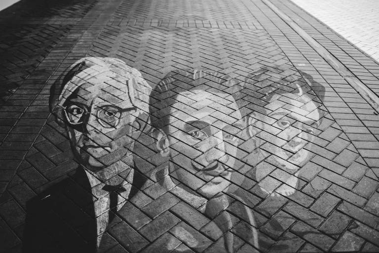 Black and White Artistic Mural of Artists in History