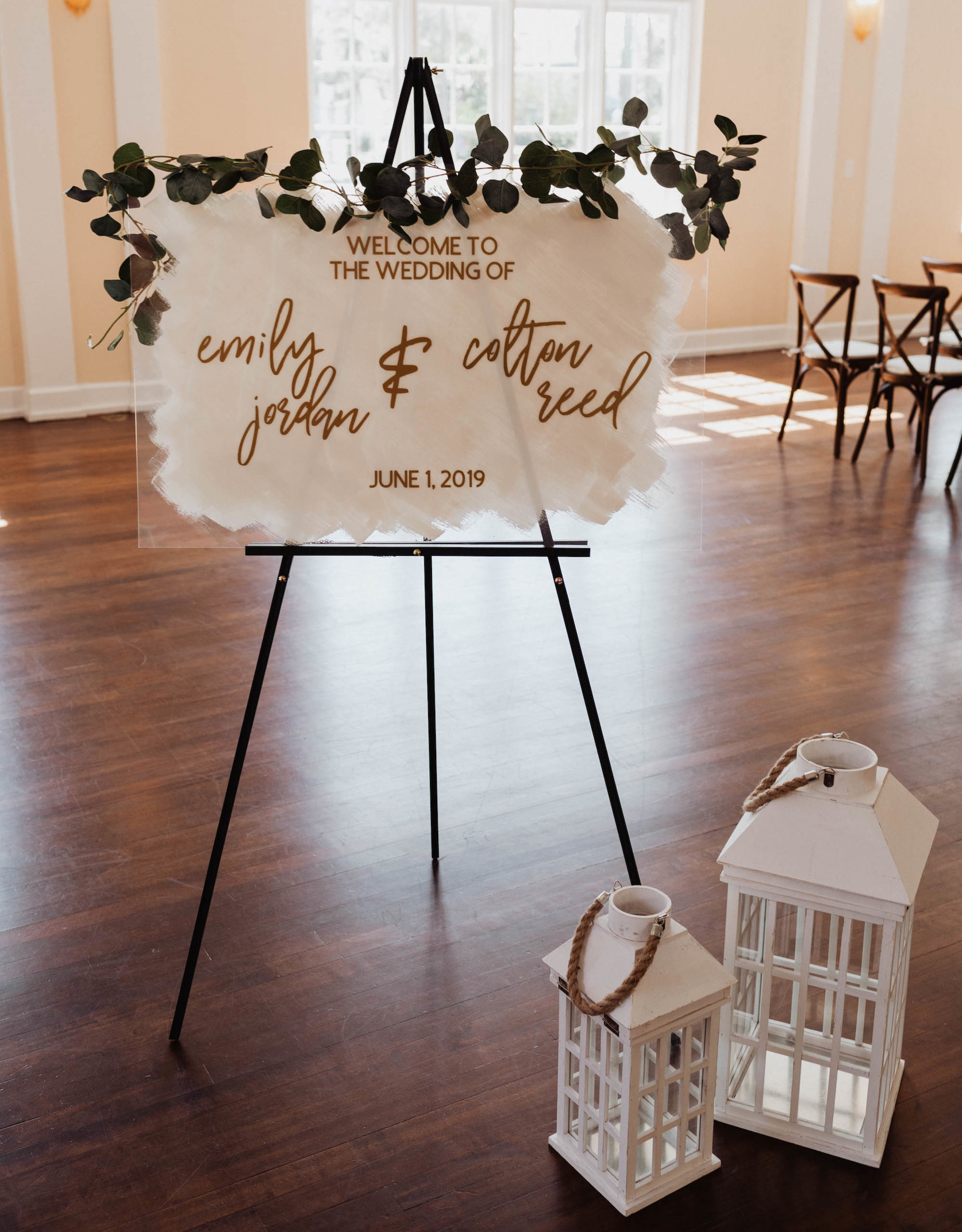 Classic and Simple Acrylic and White with Gold Calligraphy Welcome Sign with Eucalyptus Garland, White Lanterns