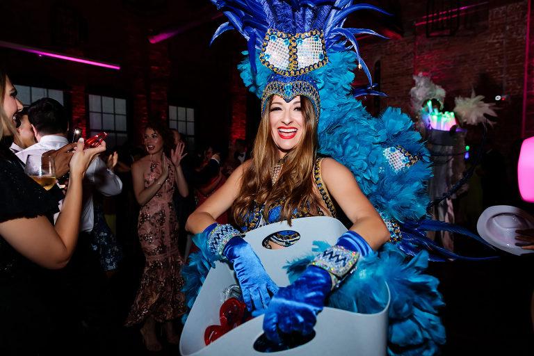 Hora Loca Wedding | Tampa Bay Breezin' Entertainment