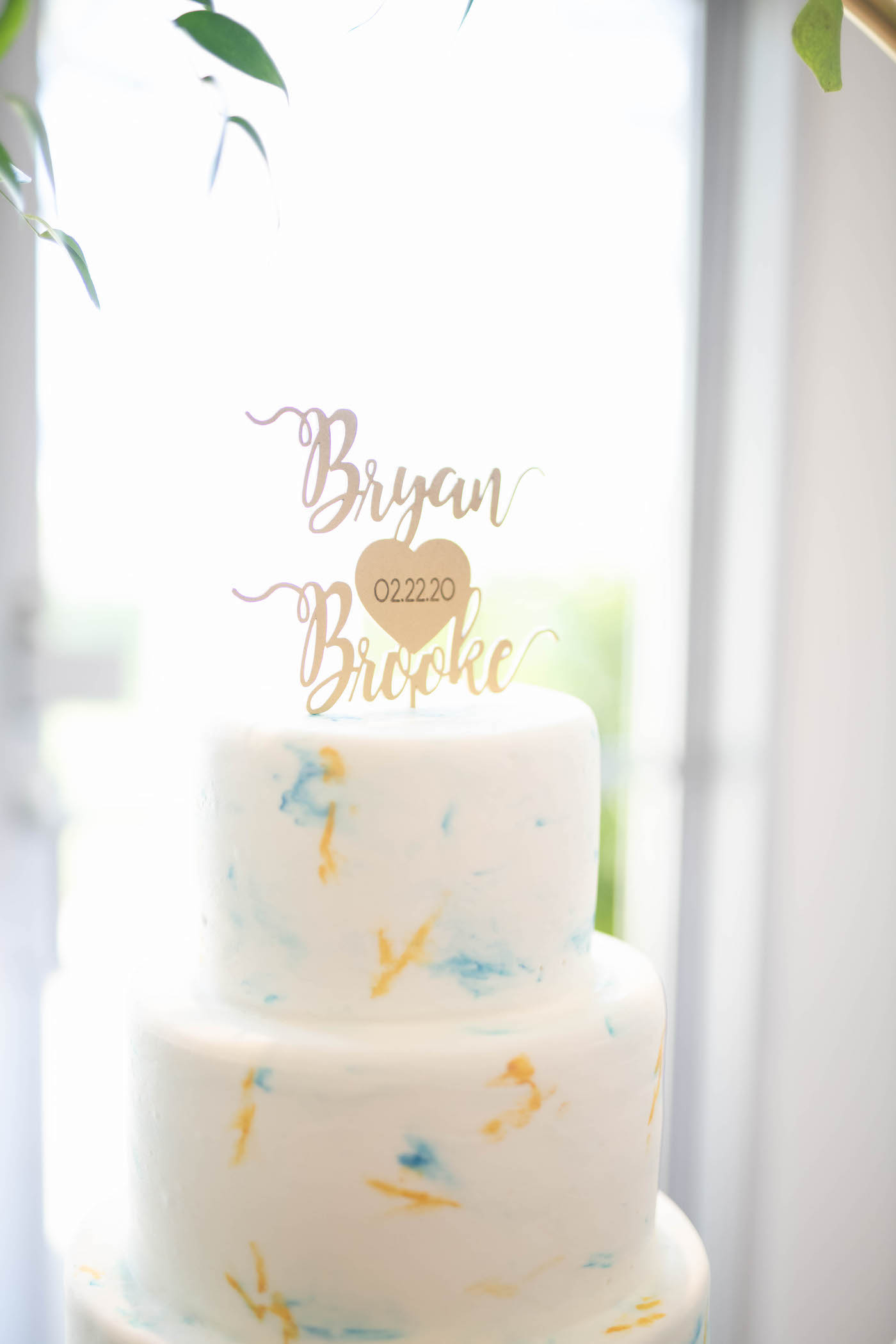Wedding Cake with Marbled Fondant Icing and Gold Die Cut Cake Topper