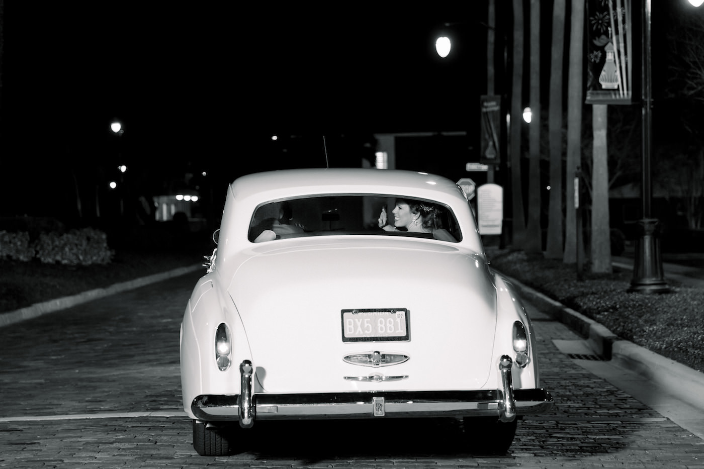 Tampa Bride and Groom in White Vintage Getaway Car | Wedding Photographer Shauna and Jordon Photography