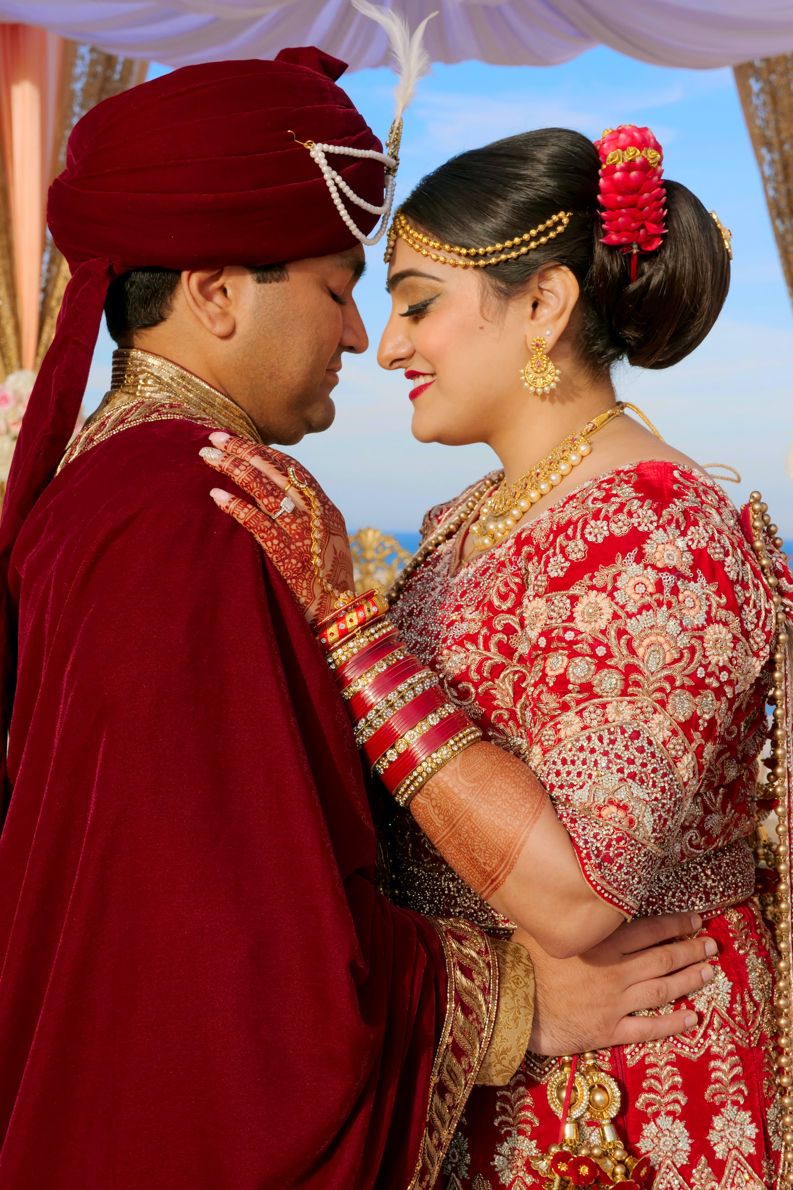 Clearwater Florida Indian Wedding | Bride and Groom Outdoor Portrait | Red and Gold Indian Bridal Gown Lehenga Saree with Mehndi