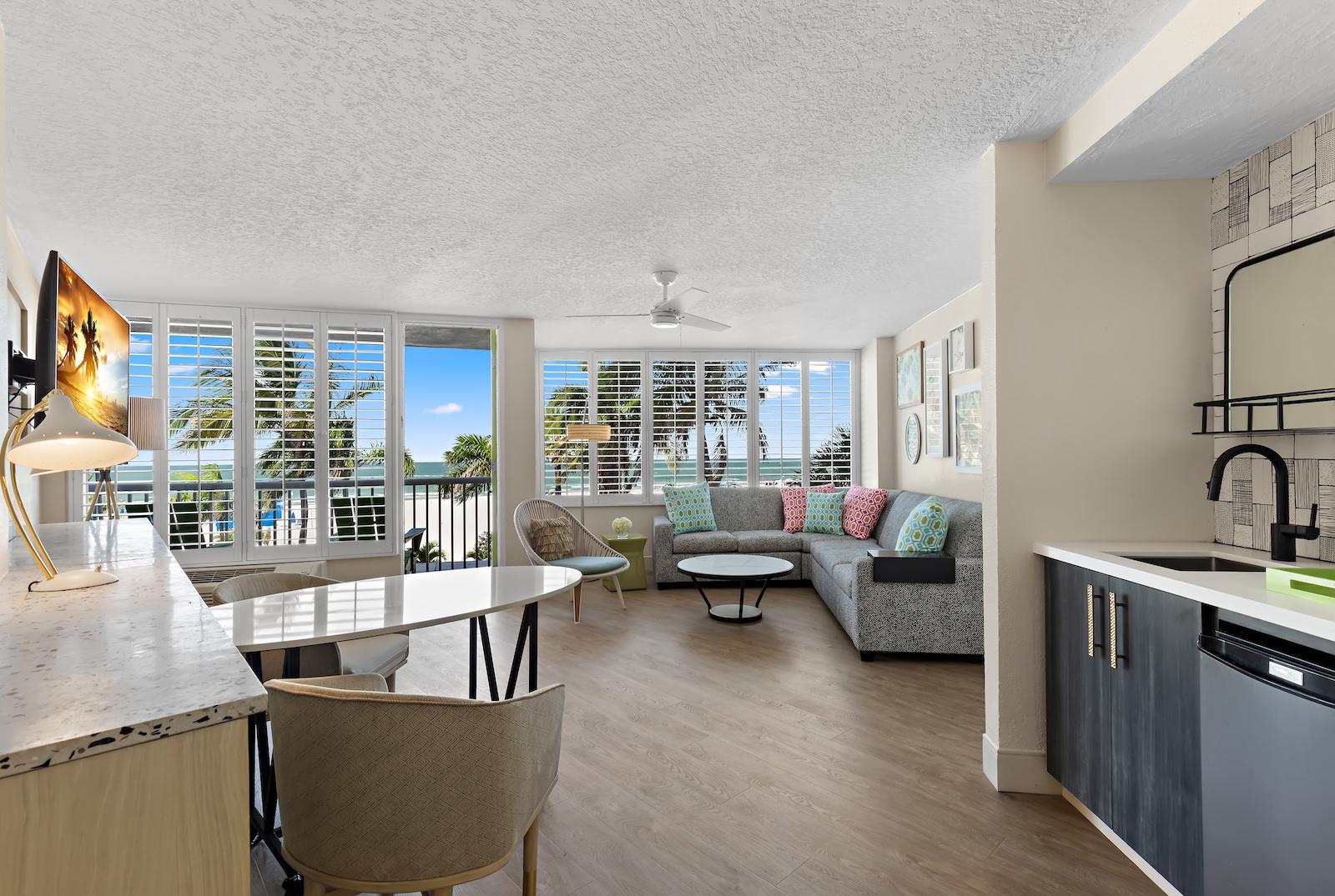 St. Pete Beach Wedding Venue Hotel Suite Bellwether Beach Resort