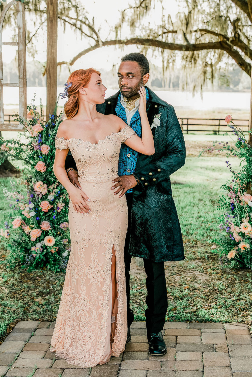 Bridgerton Inspired Wedding | Bride and Groom Portrait | Covington Farms Tampa Wedding Venue