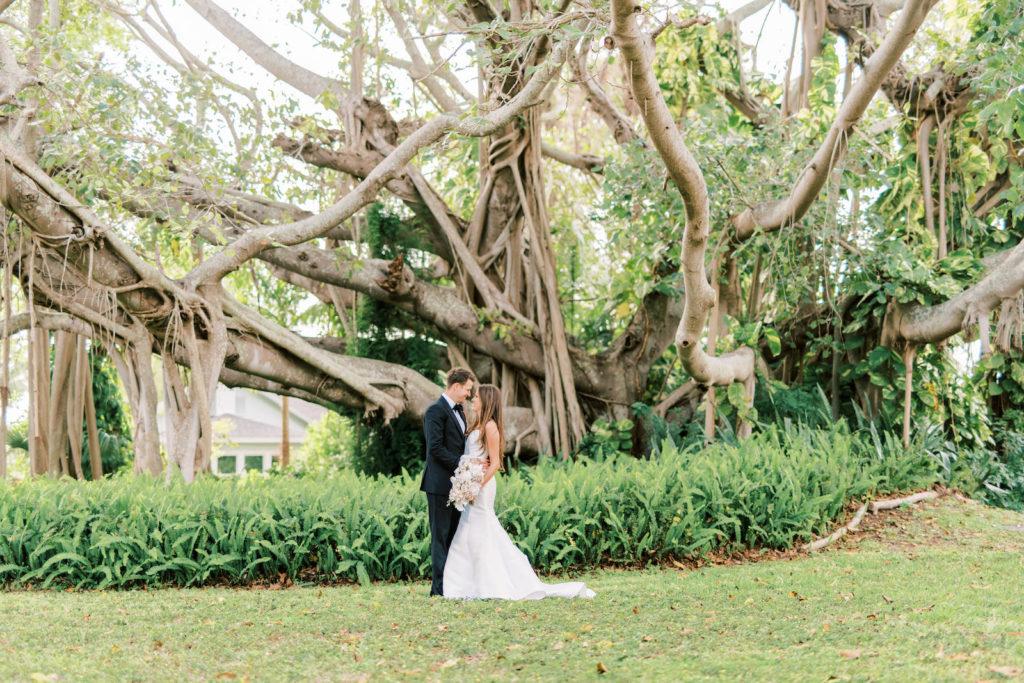 Classic Bride and Groom Outdoor Under Banyan Trees Wedding Photo | Tampa Bay Wedding Photographer Kera Photography