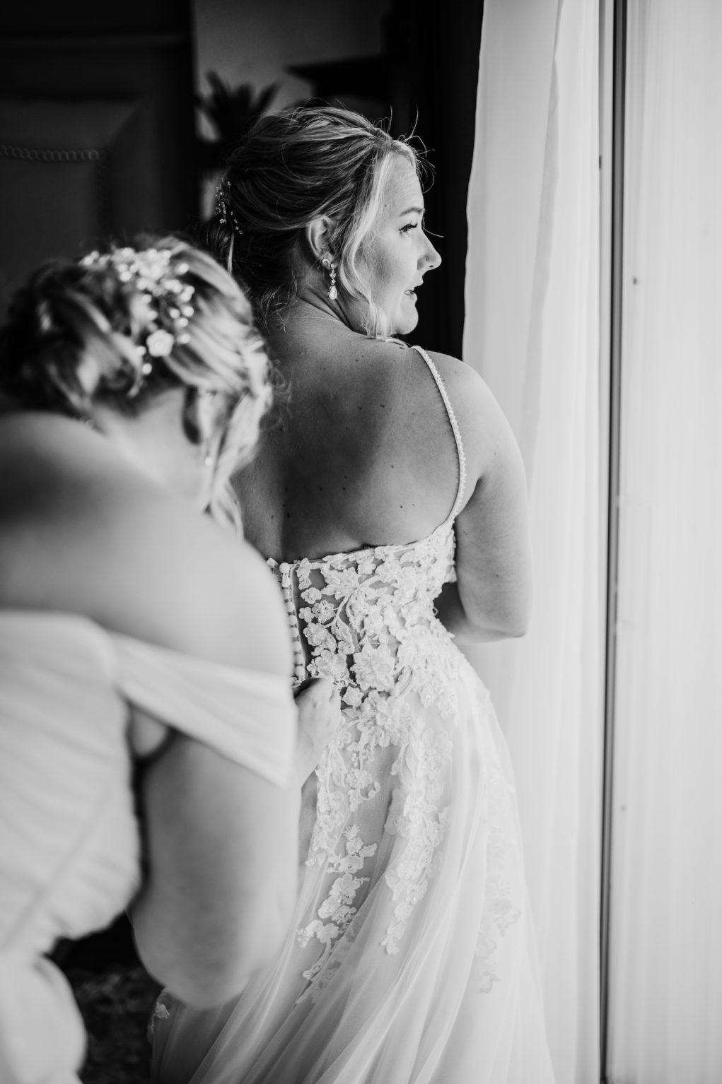 Bride Wedding Portrait | Getting Ready for the Wedding Day Black and White Photo